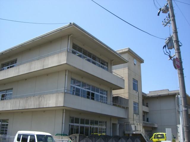富山市立鵜坂小学校