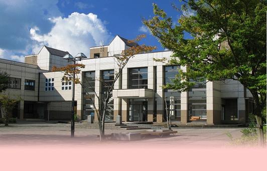 富山大学附属図書館