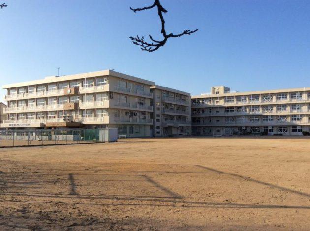 富山市立山室中学校
