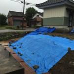 お寺の塀の遣り替えに伴いブロック塀の解体工事を行いました〜